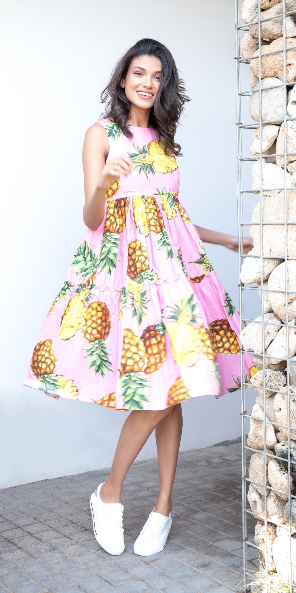 78b9ecc5 Dolce Gabbana Pineapple Print Dress
