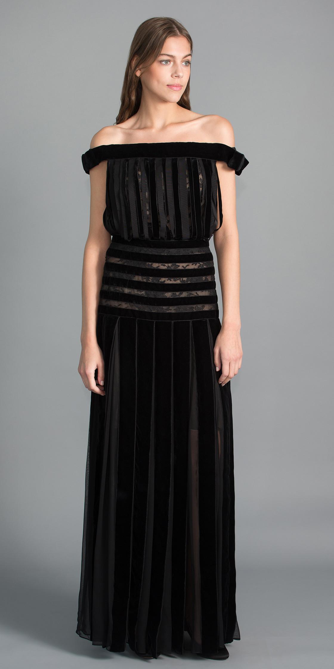 Oscar Dela Renta Off the Shoulder Maxi Dress