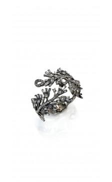 Oscar De la Renta Crystal Flower Cuff